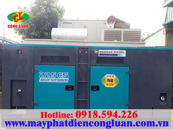 Máy phát điện Doosan 200kva máy thùng cách âm